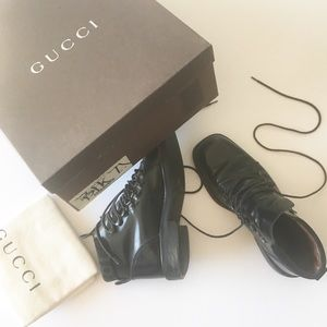 🏹 Gucci ψ Vintage Tom Ford ψ Logo Leather Boot ψ